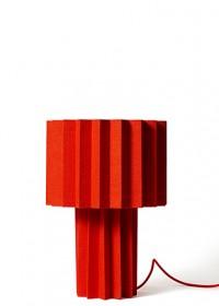 Folkform_Plissé_lamp_red_3